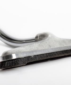 Brosse en aluminium